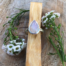 Load image into Gallery viewer, Moonstone 925 Sterling Silver Ring