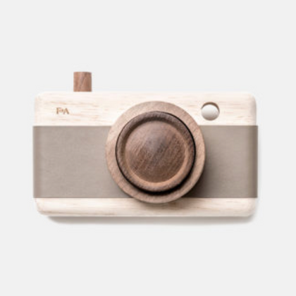 Fanny & Alexander Wooden Camera Pebble Grey