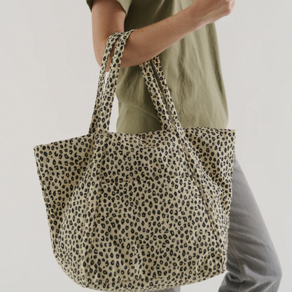 Baggu Cloud Bag in Honey Leopard
