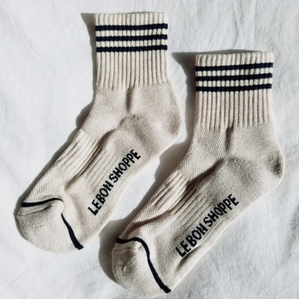 Le Bon Girlfriend Socks in Oatmeal