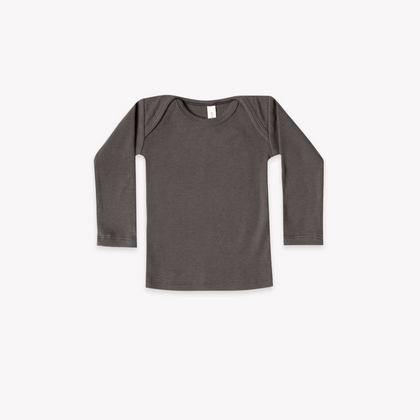 Quincy Mae Organic Ribbed Lap Tee in Coal