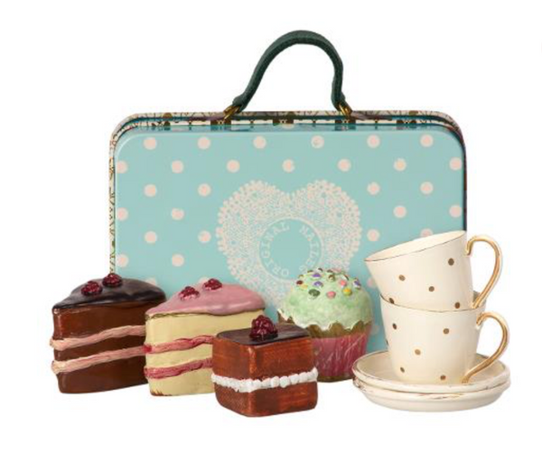Maileg Micro Suitcase with 4 cakes and 2 cups