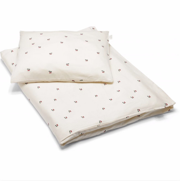 Konges Baby Bedding in Cherry