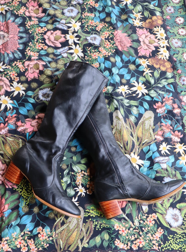 Vintage 1960s Leather Go Go Boots (9/9.5)