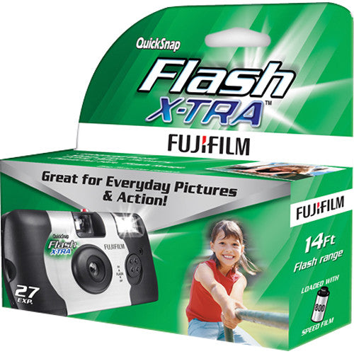 FUJIFILM QuickSnap FLASH X-TRA 800 Disposable Camera (27 Exposures)