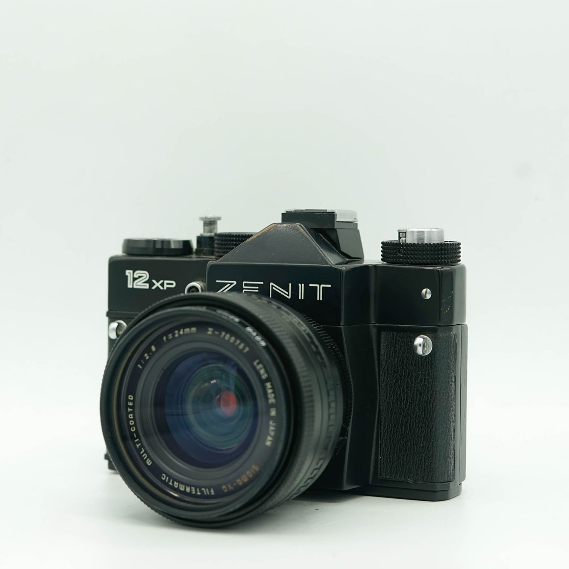 Zenit 12XP SLR with Sigma-XQ Filtermatic Multi-Coated 24mm f/2.8 Lens