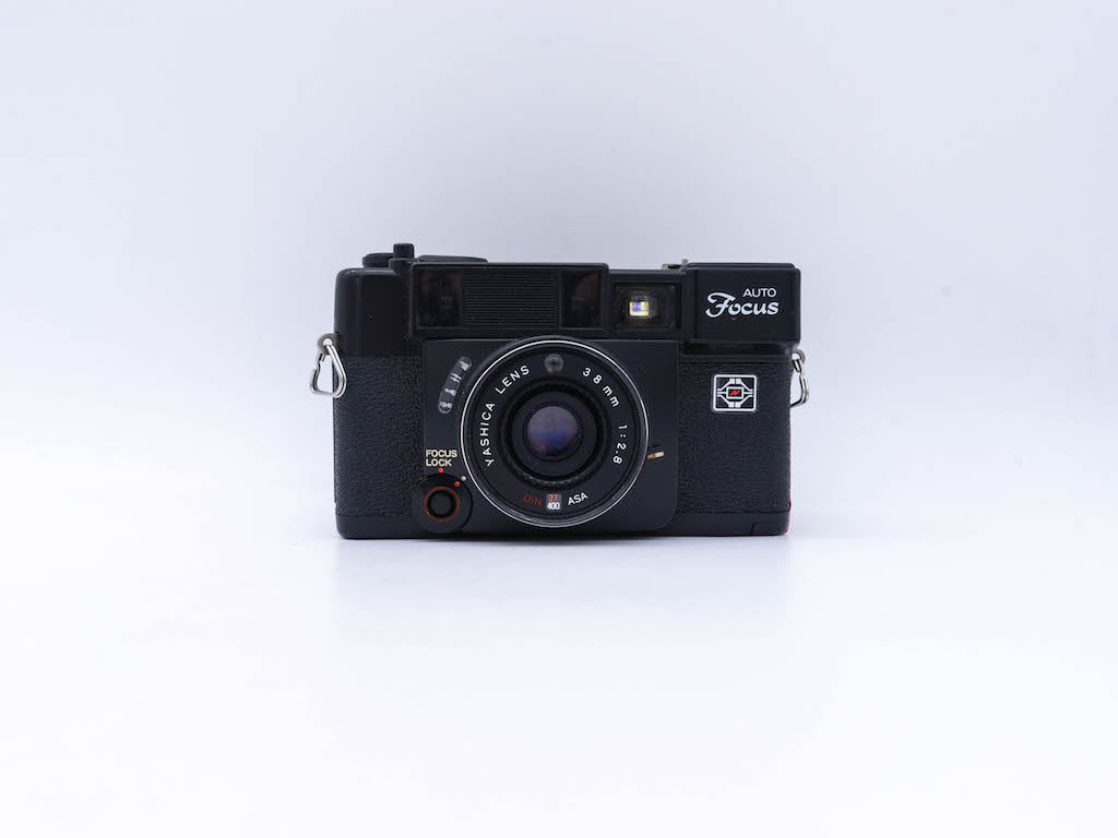 Ricoh XR-X 2000 Super with 28-80mm Sigma