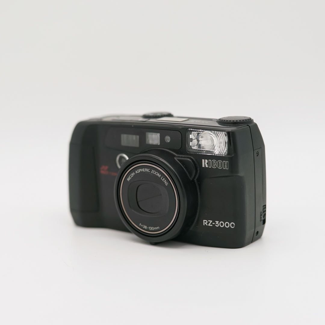 Ricoh RZ-3000 Point and Shoot Camera