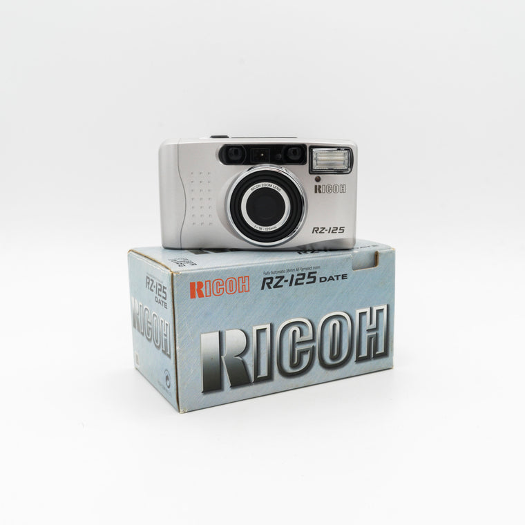 Ricoh RZ-125 Point & Shoot Camera with Ricoh 38-125mm Zoom Lens