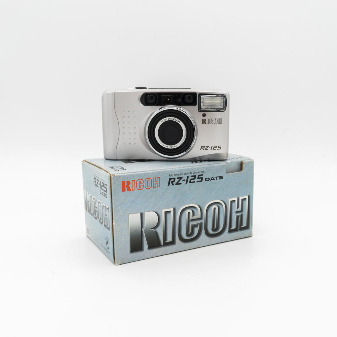 Rioch Rz-125 35mm Point and Shoot camera with 38-125mm