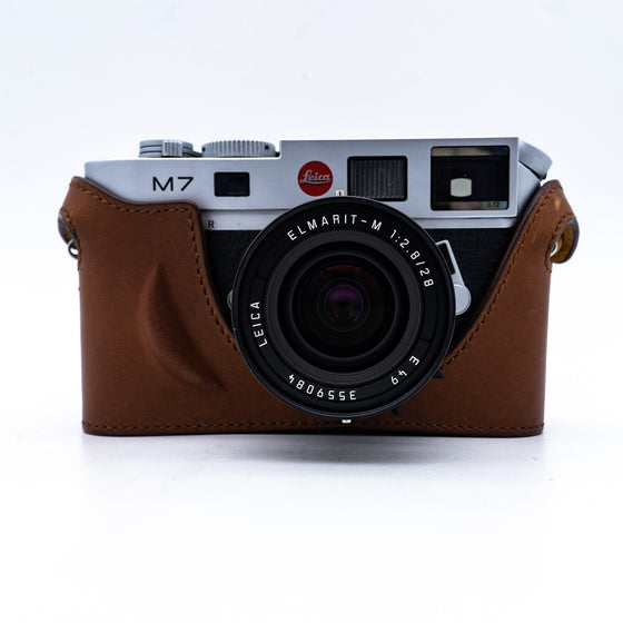 Leica M7 Rangefinder SLR with 28mm F2.8 Elmarit Lens