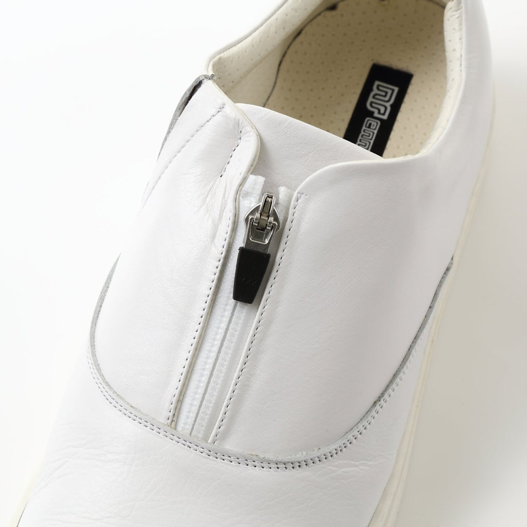 One Zip Leather Low Cut Sneaker