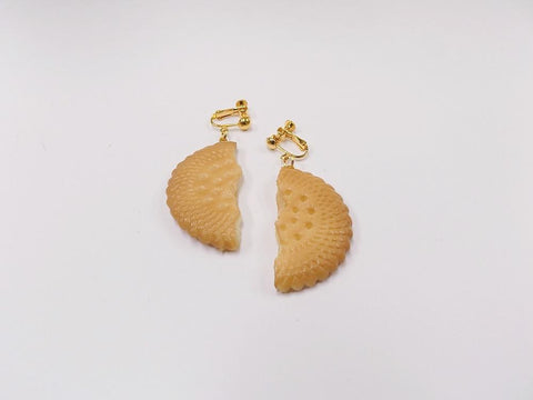 Broken Cookie (half-size) Clip-On Earrings