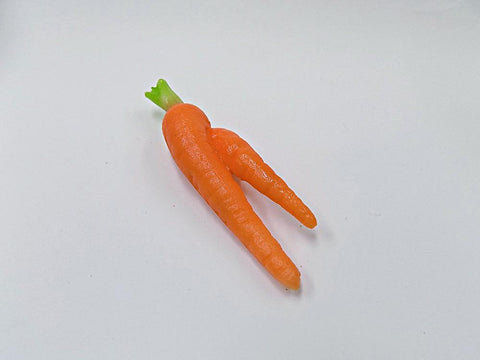 Carrot (Two-Legged) Magnet