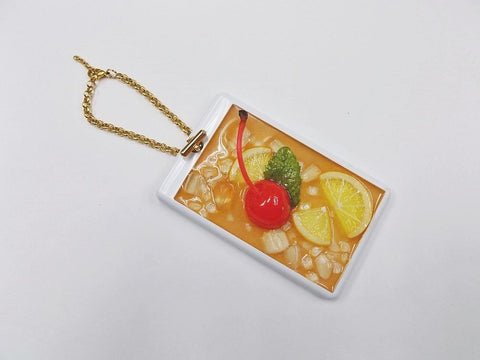 Iced Lemon Tea (Half-Size Small Lemon Slice) Pass Case with Charm Bracelet