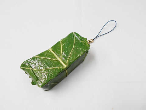 Kakinoha (Persimmon Leaf) Sushi Cell Phone Charm/Zipper Pull