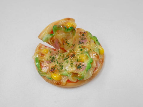Pizza (Whole with Floating Slice) Magnet