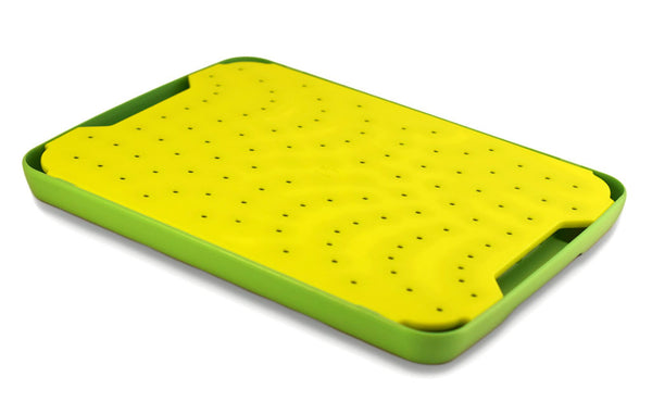 Yellow FLOW cutting board for poultry