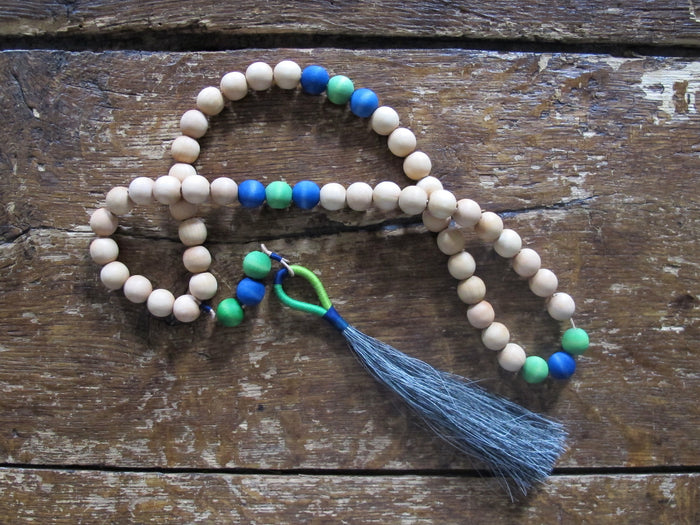 Fredericks & Mae Small Worry Beads | Green