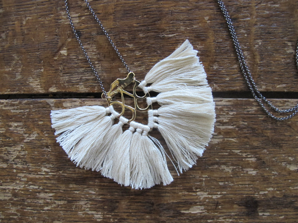 Jya Necklace | Cream
