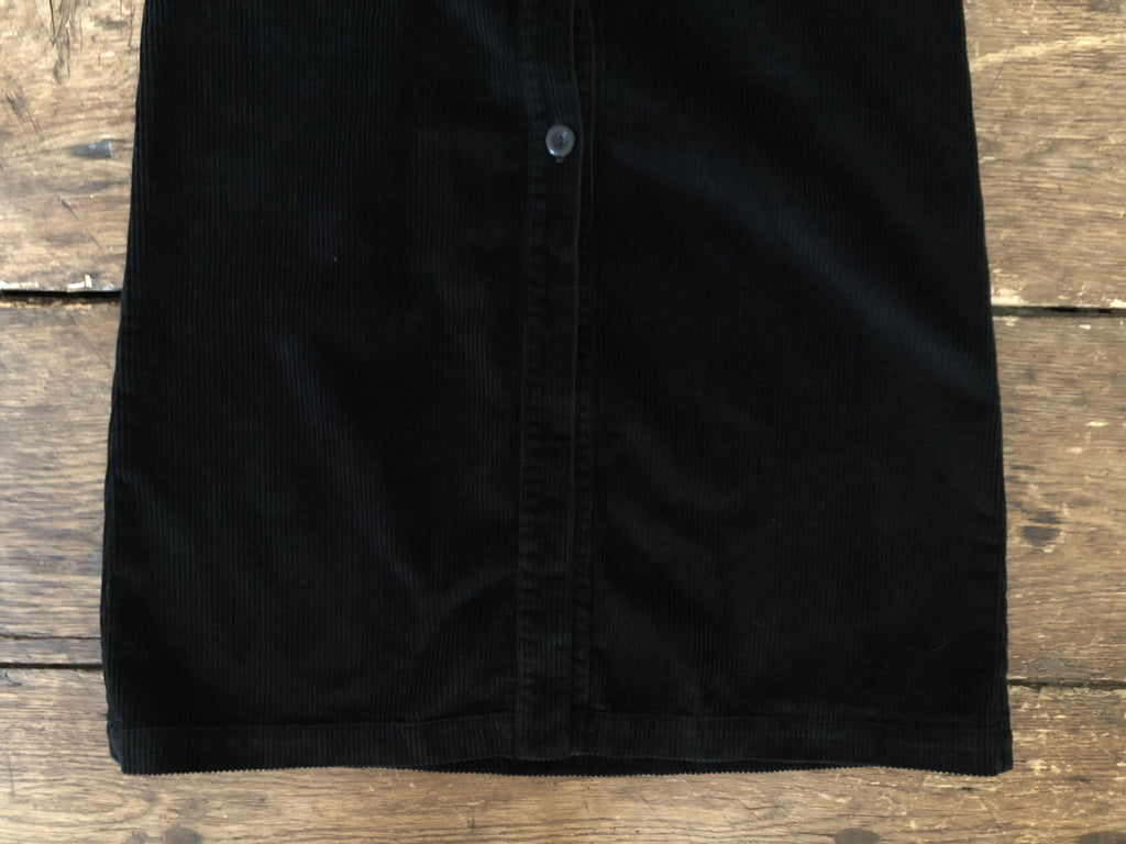 Buttoned Skirt | Black Corduroy