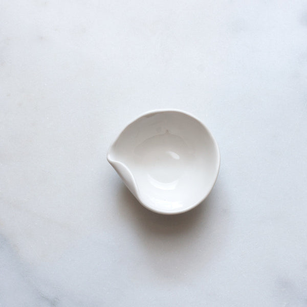 Seconds Sale Pour Bowl in White