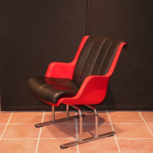 Yrjö Kukkapuro vintage chair - red
