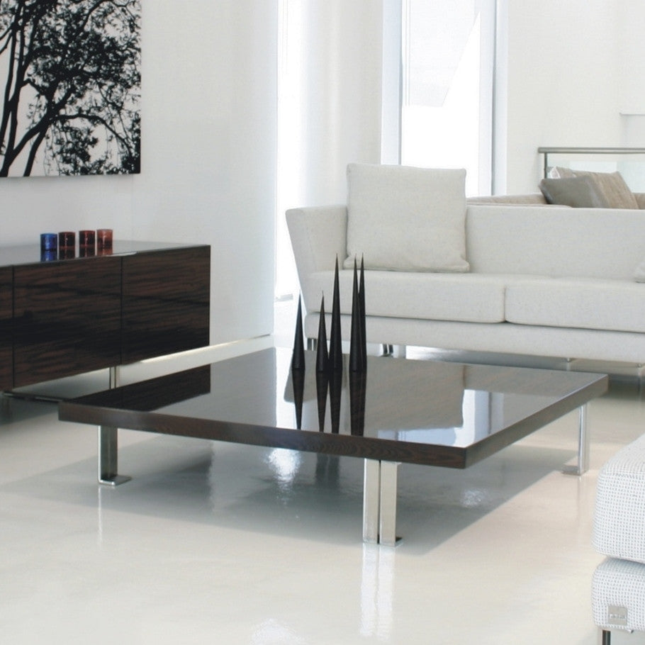 Pietari coffee table