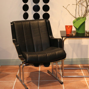 Yrjö Kukkapuro vintage chair - black