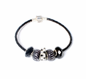 BLACK AND WHITE SHIMMER-LOKA CHARM BRACELET