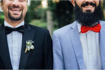 Matching bow ties for groom and groomsmen