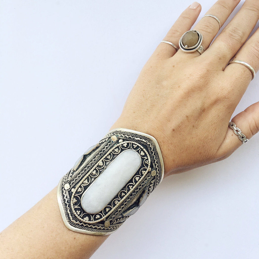 White howlite tribal cuff - Lost Lover - 1