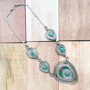 Chunky Tribal Pendant Necklace - Green - Lost Lover - 3