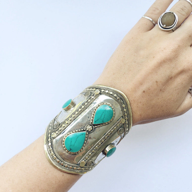 Green stone double teardrop tribal cuff - Lost Lover - 1