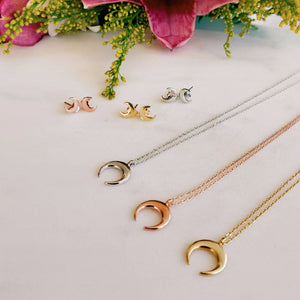 Crescent Moon Pendant - Rose Gold