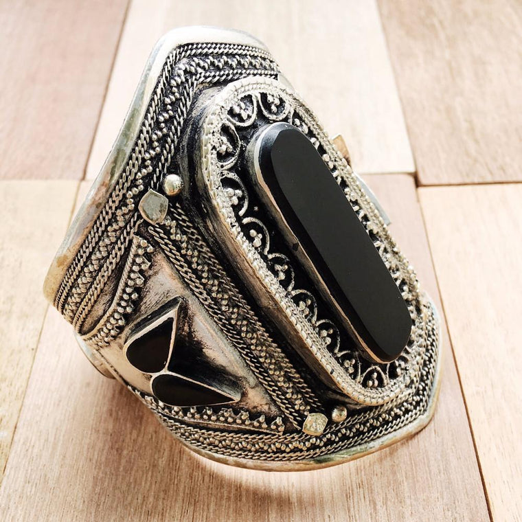 Black stone tribal cuff - Lost Lover - 1