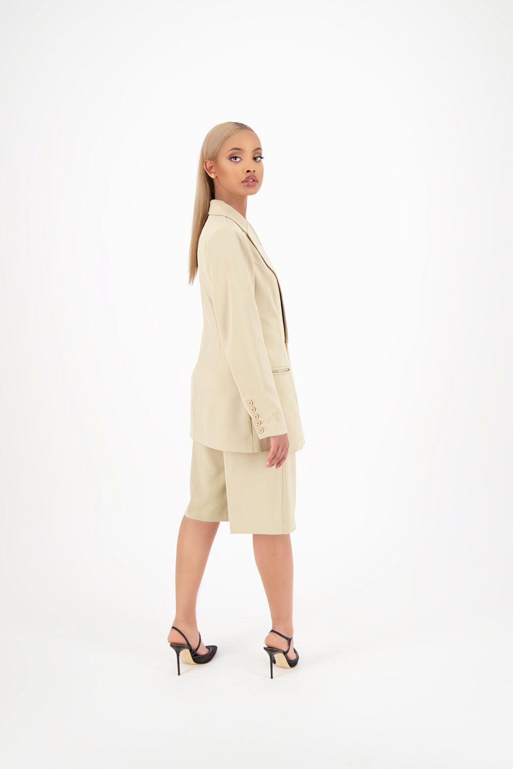 Tailored Bermuda Shorts Desert Sand