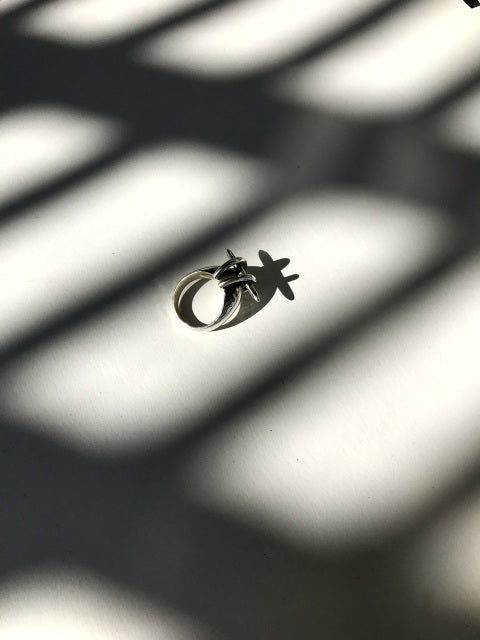 Spire Crescent Ring - SHOPNECESSARY6.0