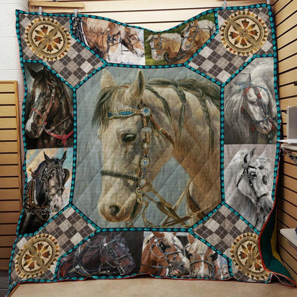 Thinking Horse Blanket Quilt
