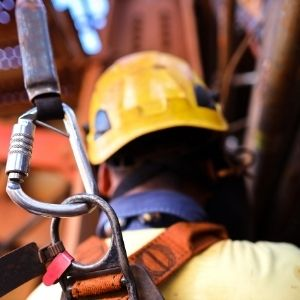 How To Choose the Correct Lanyard for Fall Protection