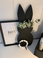 Laden Sie das Bild in den Galerie-Viewer, Black Bunny - Holzhase