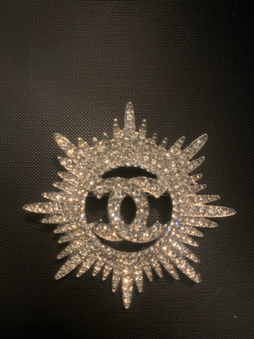 Chic Chic Be Dazzled Brooch