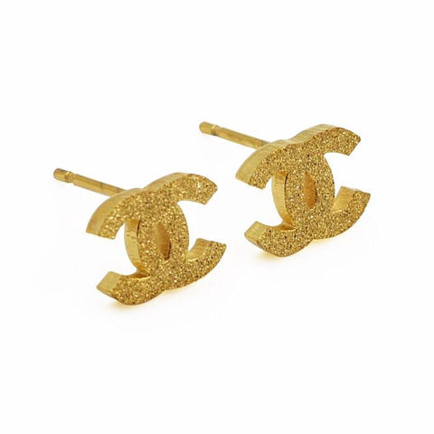 Chic Chic Small Crusted Earrings