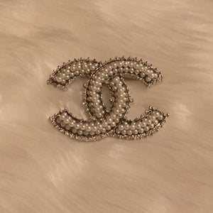 Chic Chic w/ Pearls Brooch