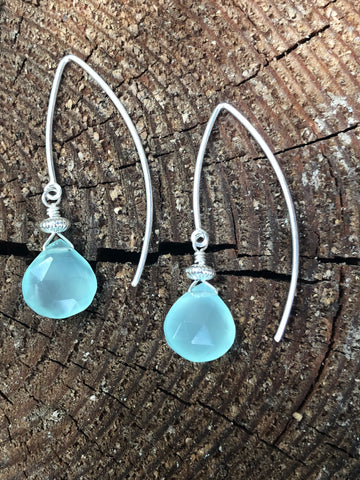 Chalcedony Curves in sterling