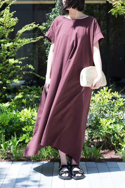 BACK-OPEN  WALLOPING DRESS