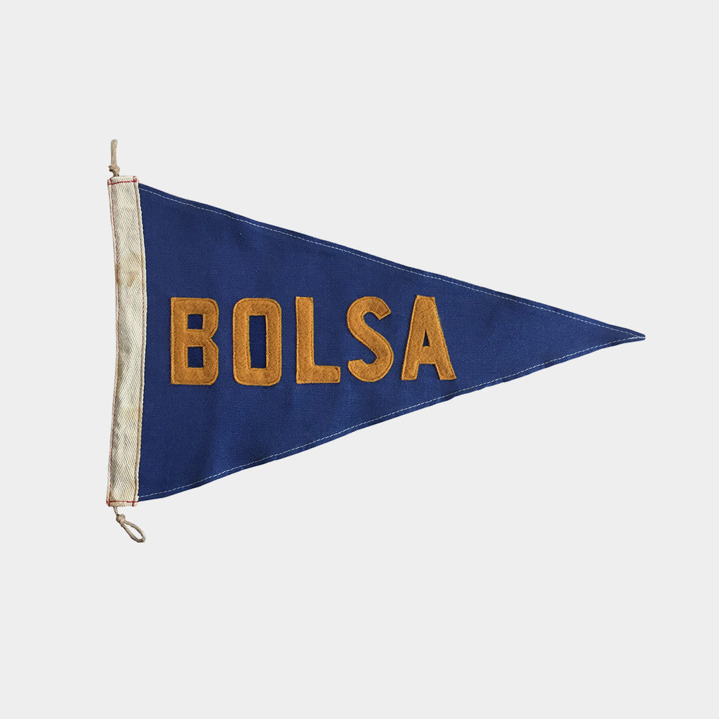 Slightly Choppy <br> Bolsa Flag