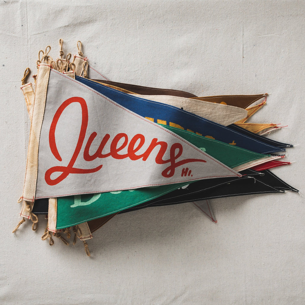 Slightly Choppy <br> Queens Flag