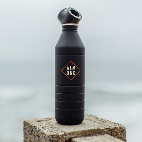 Almond x No Beach Plastic Bottle | Matte Black