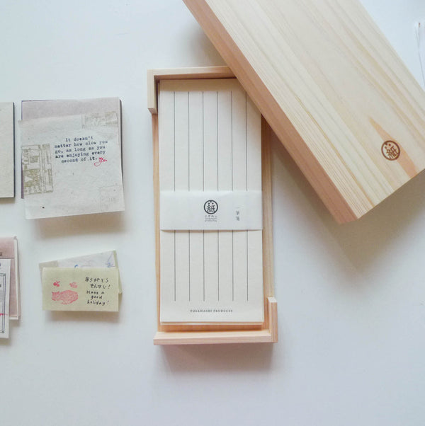Tosawashi: Washi Vertical Notepad in Hinoki Wood Box